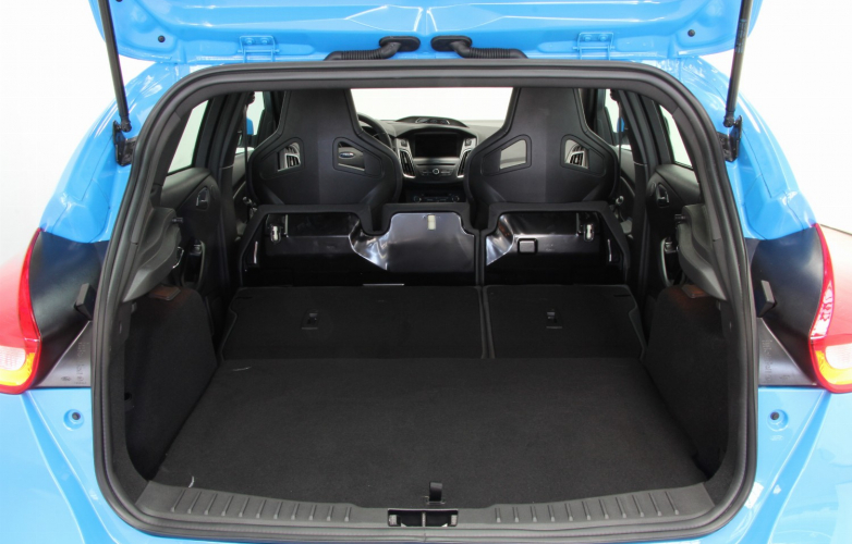 Boot with seats folded 2